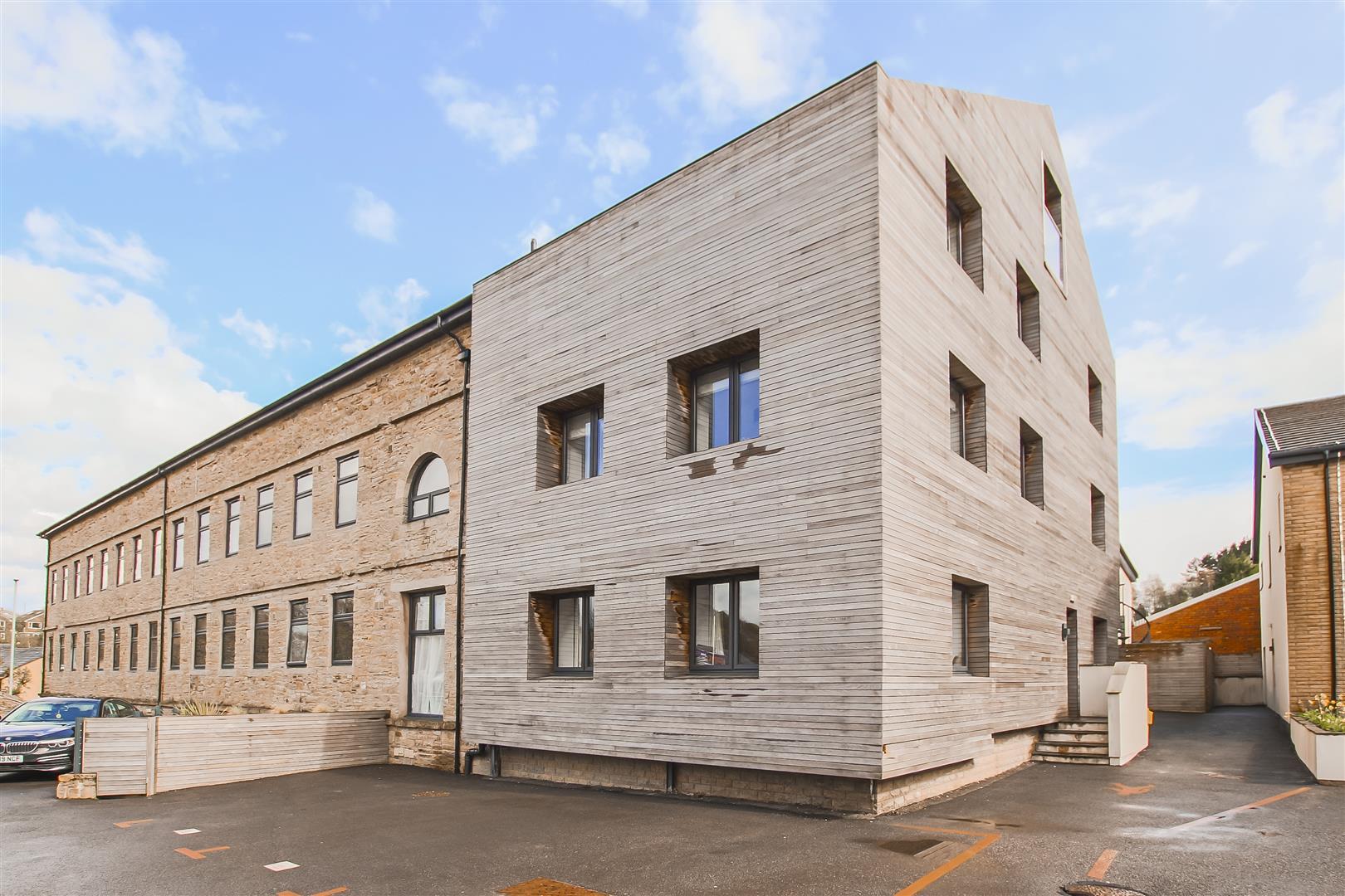 3 Bedroom Duplex Apartment For Sale - Image 3